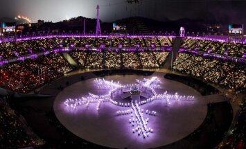 Olimpiskā uguns nodziest – Phjončhanas ziemas olimpiskās spēles ir noslēgušās