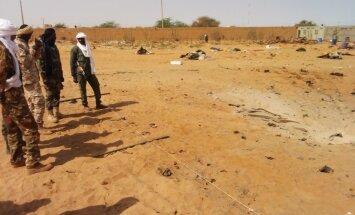 Pašnāvnieks ar sprāgstvielām pildītu kravas auto Mali nogalina vairākus desmitus