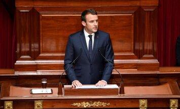 Makrons grib apcirpt ES birokrātiju