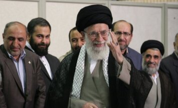 Irānas augstākais līderis 'sūta' ASV uz elli