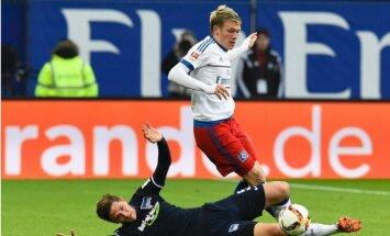 Rudņevs ar aktīvu spēli palīdz HSV bundeslīgas mačā pieveikt trešā vietā esošo 'Hertha'