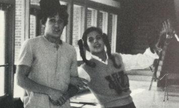 Neredzēti kadri: Jauniņā Sandra Bulloka skolas gados
