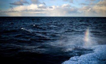 Krievija Lietuvas zvejas kuģi aizturējusi starptautiskajos ūdeņos, liecinot satelītu dati