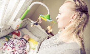 Dziesmiņa pirms miega: kāpēc bērnus pozitīvi ietekmē šūpuļdziesmas