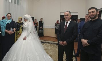 Čečenijā Kadirova sabiedrotais apņēmis otru sievu - 17 gadus vecu jaunieti
