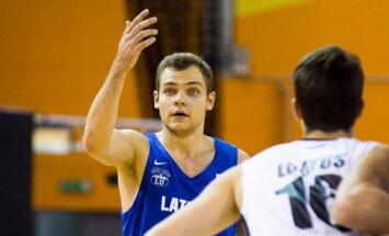 LU basketbolisti no rokām izlaiž pirmo uzvaru apvienotajā čempionātā