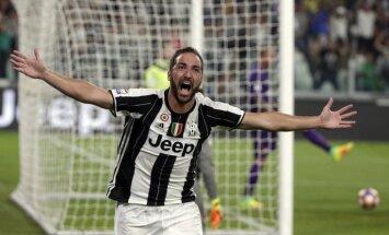 Igvains dodas uz 'AC Milan'; Bonuči atgriežas 'Juventus' sastāvā