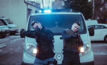 Video: Nikolajs Puzikovs ar 'Olām' piedāvā dziesmu 'Policists'