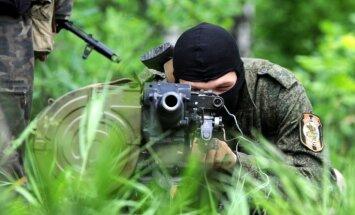 Kijeva: Kaujinieku gūstā Austrumukrainā atrodas 150 ķīlnieki
