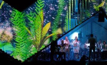 Foto: Dabas koncertzālē izskanējis 400 miljonu gadu senās bruņuzivs stāsts