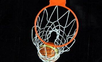 Latvijas U-20 basketbolisti ar pārliecinošu uzvar sāk dalību Eiropas čempionātā