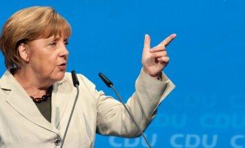Merkele aicina nekavējoties piemērot Krievijai jaunās sankcijas