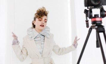 Foto: Dizaineres Žanetes Auziņas modes skate un jaunā apģērbu kolekcija