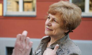 Ždanoka: Latvijas krievu kopienu mēģina provocēt un iesūtīt spiegus