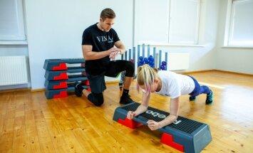 Treneris iesaka vingrojumu kompleksu īpaši sievietēm