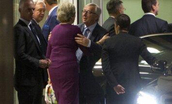 Jāpastiprina mēģinājumi panākt 'Brexit', vienojas Meja un Junkers