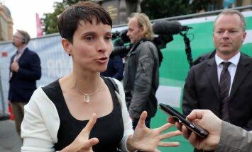 Vēlēšanās Vācijas ziemeļaustrumos eiroskeptiķi apsteidz Merkeles partiju, liecina aptaujas