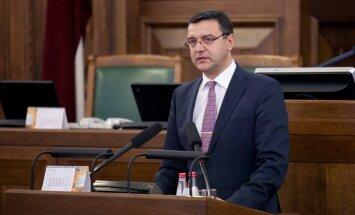 Finanšu ministrs: nevaram atbalstīt priekšlikumu zemniekiem pašiem maksāt par Krievijas embargo negatīvo efektu