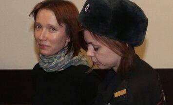 Pret drošības naudu atbrīvo 'Greenpeace' kuģa ārsti