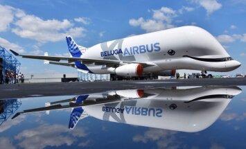 Foto: 'Smaidīgais valis' – 'Airbus' palaiž brīvībā savu milzīgo 'Beluga XL'