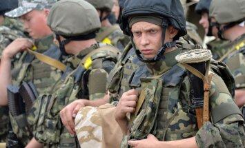 Возведенный по стандартам НАТО лагерь украинской армии смыло дождем
