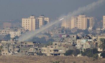 Palestīniešu raķešu apšaudē gājuši bojā trīs cilvēki Izraēlā