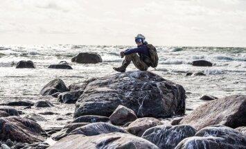 Vienu biļetīti uz Mēnesi, lūdzu, jeb Brauciens ar močiem pa Hījumā salu