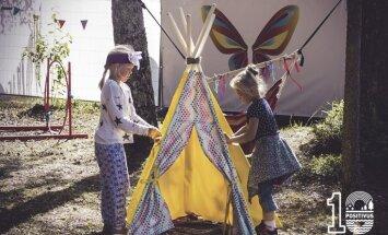 Mazos apmeklētājus 'Positivus' festivālā izklaidēs rūķi, laumiņas un indiāņi