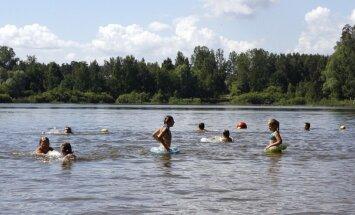 Atceļ aizliegumu peldēties Bābelītes ezerā