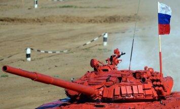 Krievijas rīkotajā tanku biatlonā uzvar Krievija