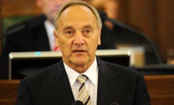 Prezidents pagaidām nekomentē Saeimas veiktos labojumus referendumu likumā