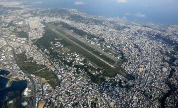 Japānas Okinavas salā uz laiku aptur ASV aviobāzes būvniecību
