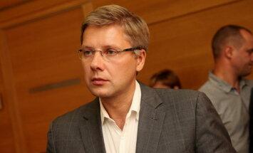 Ушаков: Шадурскис не только непрофессионал, но и врун