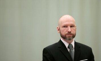 Breiviks vērsies Eiropas Cilvēktiesību tiesā