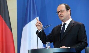 """Олланд пообещал """"не оставить без ответа"""" хакерскую атаку на штаб Макрона"""