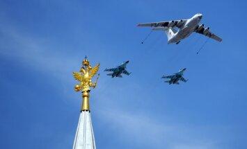 Krievija sāk masīvas militārās mācības ar aviācijas piedalīšanos
