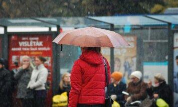 Sestdiena būs lietaina
