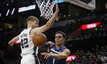 Bertāns un Kurucs realizē tālmetienus NBA sezonas ievadā