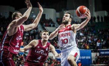 Latvijas basketbolisti Vecvagara debijā ar zaudējumu sāk PK atlasi