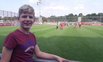 14 gadus vecajam Linardam operācija noritējusi veiksmīgi; puisis cītīgi trenējas