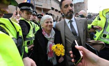Bijusī Katalonijas ministre Skotijā padodas policijai