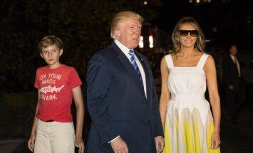 Asu kritiku izpelnās Trampa dēla Barona ģērbšanās stils