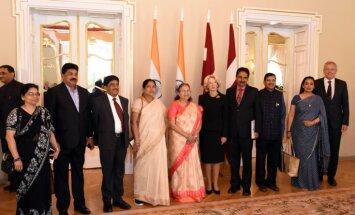 Foto: Mūrniece aicina Indijas spīkeri stiprināt sadarbību transporta un komunikācijas tehnoloģiju nozarēs