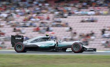 Rosbergs uzvar Vācijas 'Grand Prix' kvalifikācijā
