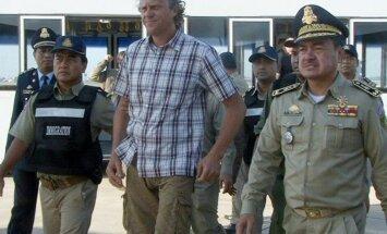 No Kambodžas uz Krieviju deportēts krāpšanā apsūdzētais uzņēmējs Polonskis