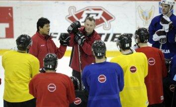 Fotoreportāža: Latvijas hokejisti sāk liet sviedrus pirms olimpiskās kvalifikācijas