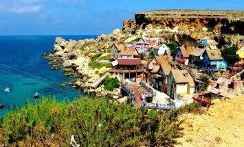 Papaja ciems Maltā: filmēšanas dekorācijas, kas kļuvušas par tūristu magnētu