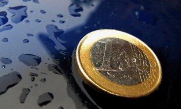 Brīdina, ka lēmums nerīkot tautas nobalsošanu par eiro ieviešanu var radīt neplānotas sekas