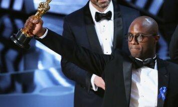 Gadsimta misēklis 'Oskaru' ceremonijā – 'La La Land' nosauc kļūdas pēc, uzvar 'Moonlight'