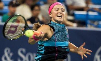 Ostapenko 'US Open' dubultspēļu turnīrā zaudē pirmajā kārtā